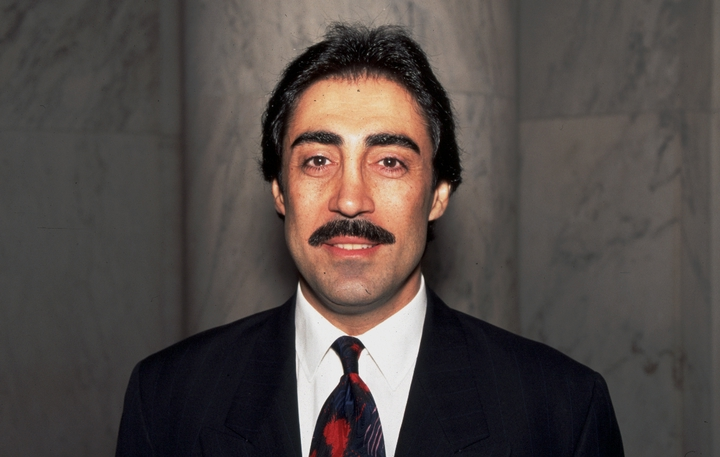 Simon Shaheen, 1994 National Heritage Fellowship Ceremonies, photograph by James V. Gleason, courtesy National Endowment for the Arts