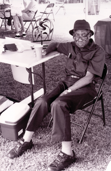 Philip Simmons, Fall Folklife Festival, 2001, courtesy Folklife Resource Center, McKissick Museum, University of South Carolina, Columbia, South Carolina