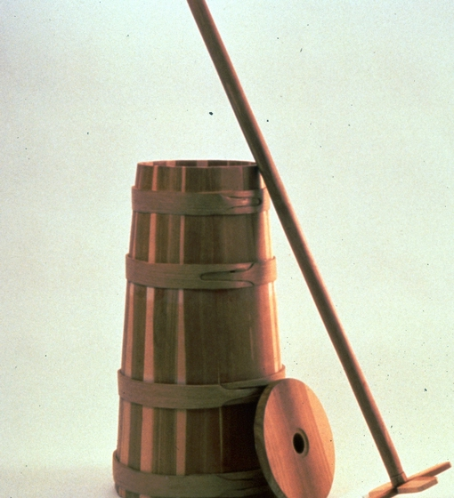"Churn by Rick Stewart (grandson of Alex Stewart), Sneedville, Tennessee, cedar, 36"" high, ca.1982. Photograph by Michel Monteaux, courtesy Museum of International Folk Art (a unit of the Museum of the New Mexico)"