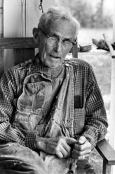 Alex Stewart, Sneedville, Tennessee, 1982, photograph by Robert E. Kollar, Tennessee Valley Authority