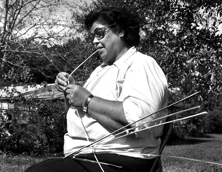 Ada Thomas preparing swamp cane for her double-weave baskets, courtesy Ralph Rinzler Folklife Archives and Collections, Center for Folklife and Cultural Heritage, Smithsonian Institution