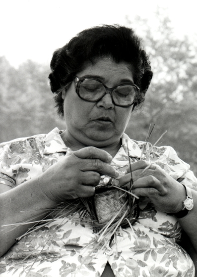 Ada Thomas working on a double-weave basket, courtesy Ralph Rinzler Folklife Archives and Collections, Center for Folklife and Cultural Heritage, Smithsonian Institution