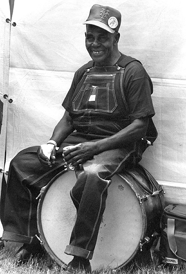 Othar Turner, Chicago Blues Festival, Chicago, Illinois, 1992, photograph by Jack Vartoogian