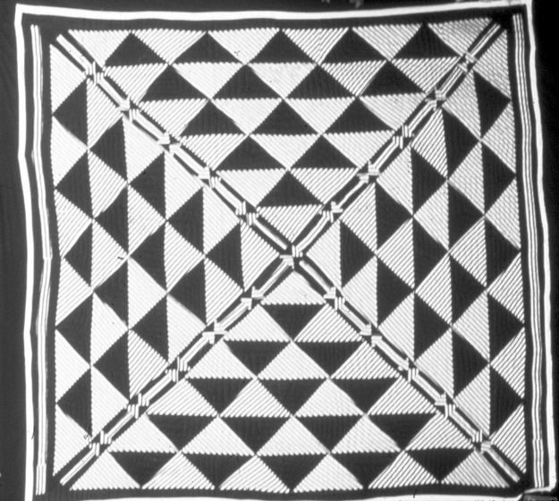 'Pyramid' quilt by Arbie Williams, quilted by Willia Ette Graham and Johnnie Wade, designed by Gussie Wells, Oakland, California, 1989, courtesy Museum of Craft and Folk Art, San Francisco