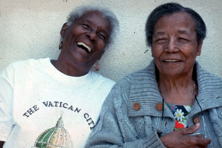 Arbie Williams and Gussie Wells, 1991 National Heritage Fellowship ceremonies, courtesy National Endowment for the Arts