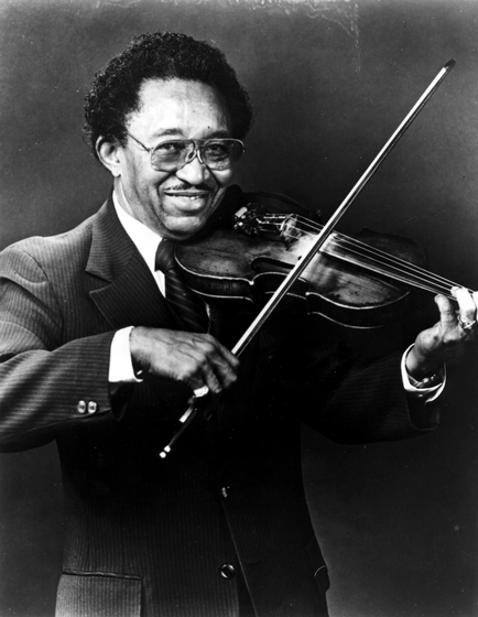 Fiddler Claude Williams worked with many great musicians before his instrument receded as a lead voice in jazz. But the late 1980s brought him a wave of recognition, and he performed on Broadway and at the White House. Photograph by Russ Dantzler, courtesy National Endowment for the Arts