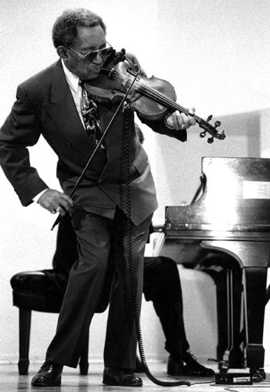 Claude Williams, 1996, photograph by Jack Vartoogian