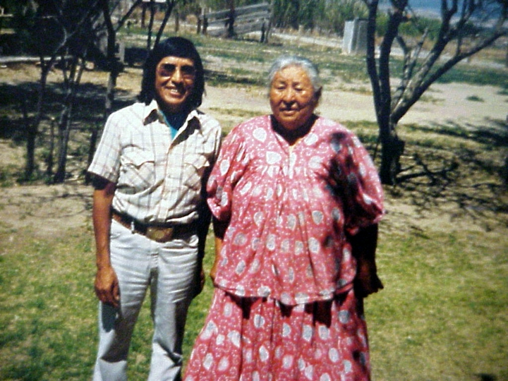 Chesley Goseyun Wilson and Mary Hinton Small, daughter of Medicine Man Emanuel Hinton and wife of Medicine Man Scott Small of Bylas, Arizona. Courtesy Chesley Goseyun Wilson and National Endowment for the Arts