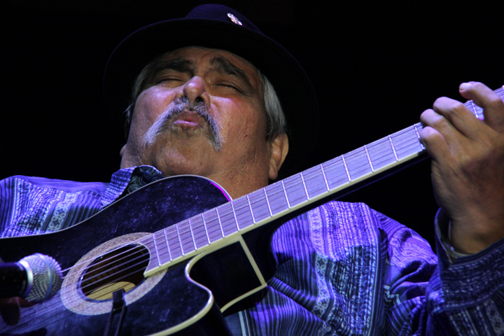 "Ramón ""Chunky"" Sánchez performing at the 2013 National Heritage Fellowship Concert, Washington, D.C., photograph by Michael G. Stewart"