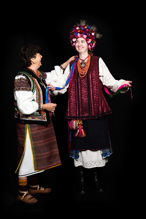 Katherine models Vera Nakonechny's costume, Washington, D.C., 2014, photograph by Alan Govenar