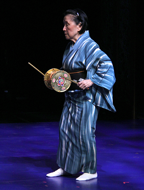 Gertrude Yukie Tsutsumi rehearsing for the 2015 National Heritage Fellowship Concert, Washington, D.C., photograph Michael G. Stewart.