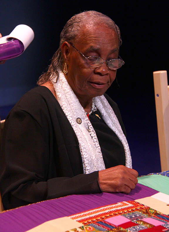 Mary Lee Bendolph at the 2015 National Heritage Fellowship Concert, Washington, D.C., Photograph by Michael G. Stewart.