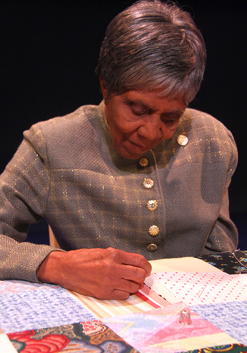 Lucy Mingo quilting at the 2015 National Heritage Fellowship Concert, Washington, D.C., Photograph by Michael G. Stewart.