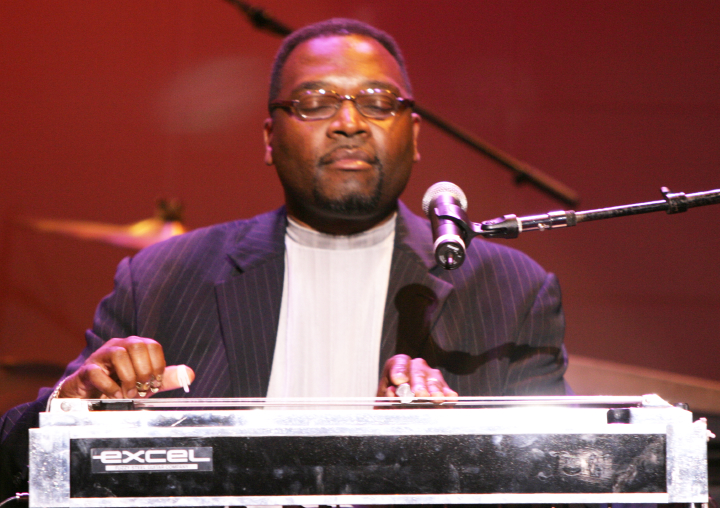 Charles Campbell, 2004 National Heritage Fellowship Concert, photograph by Michael G. Stewart, courtesy National Endowment for the Arts