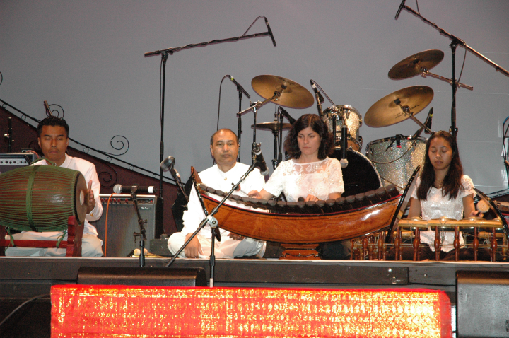 Performance directed by Chum Ngek, 2004 National Heritage Fellowship Concert, Washington, D.C., courtesy National Endowment for the Arts