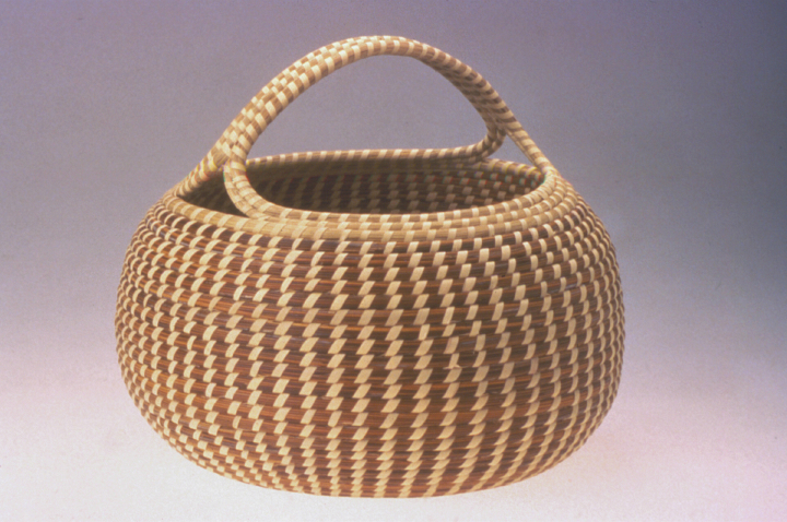 Mary Jackson, Cobra Basket with Handle, photograph by Jack Alterman, courtesy Mary Jackson