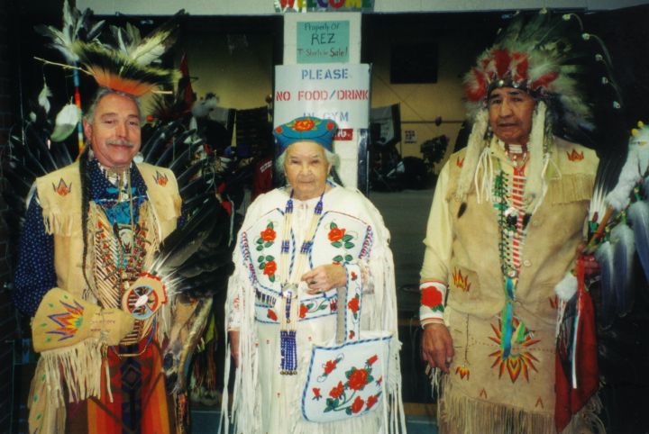 Agnes 'Oshanee' Kenmille wearing hand-crafted regalia, Roslyn, Virginia, 2003, photograph by Alan Govenar