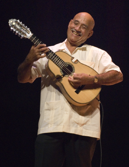 Diomedes Matos, 2006 National Heritage Fellowship Concert, Strathmore Music Center, Bethesda, Maryland, photograph by Alan Hatchett