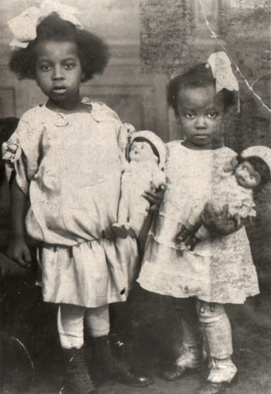 Dorothy Miller, age 5 (left), and Norma Miller, age 3, courtesy Norma Miller
