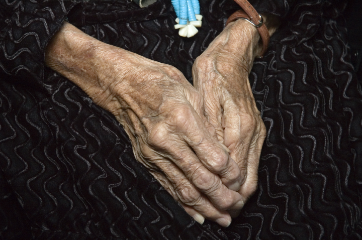 The hands of Grace Henderson Nez, Arlington, Virginia, 2005, photograph by Alan Govenar