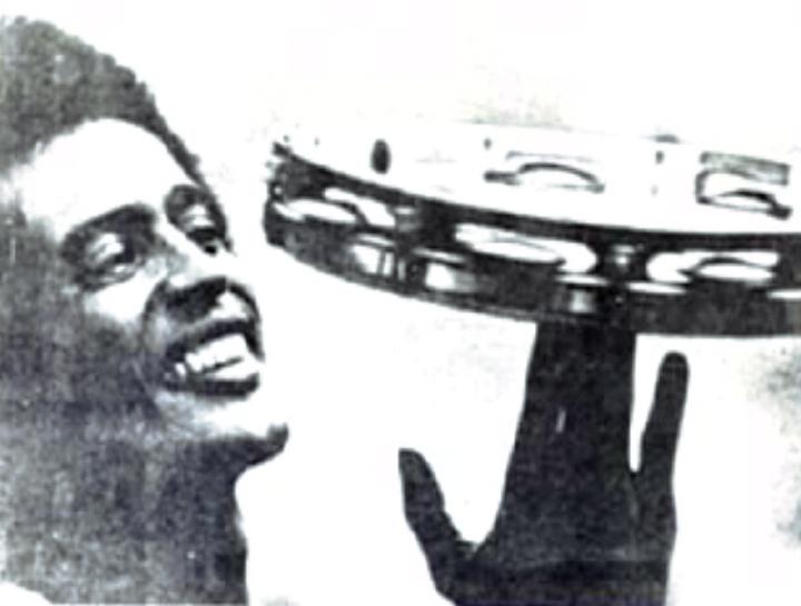 Carlinhos Pandeiro de Ouro, *Globo* newspaper article, 1977, courtesy Carlinhos Pandeiro de Ouro
