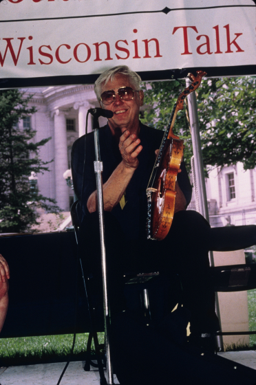 Ron Poast at a performance at the Smithsonian Folklife Festival, 1998, courtesy National Endowment for the Arts