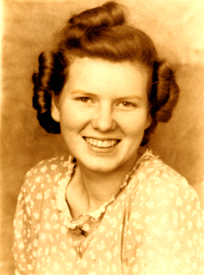 Jean Ritchie's school picture as a junior in Viper High School, 1937, courtesy Jean Ritchie and George Pickow