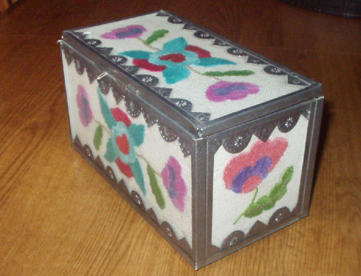 Colcha Stitch Box by Emilio and Senaida Romero, courtesy Marie Cash