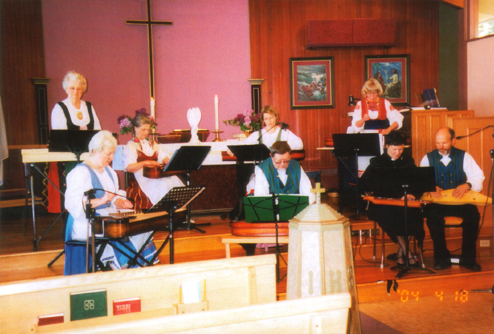 *Kantele* Mass at Emmaas Lutheran Church (Wilho Saari, center) in Bunaby, British Columbia, courtesy Wilho Saari
