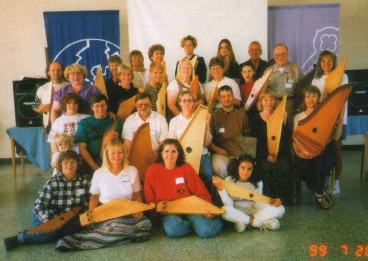 *Kantele* workshop (Wilho Saari, second row, third from left) in Issaquah, Washington, courtesy Wilho Saari