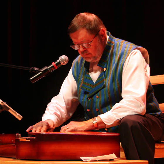 Wilho Saari, 2006 National Heritage Fellowship Concert, Strathmore Music Center, Bethesda, Maryland, photograph by Michael G. Stewart
