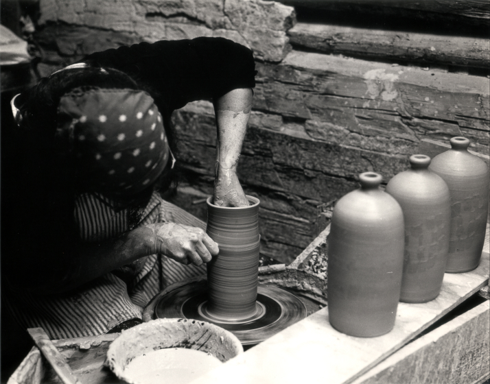 Nancy Sweezy turning jugs at Jugtown, North Carolina, courtesy Nancy Sweezy