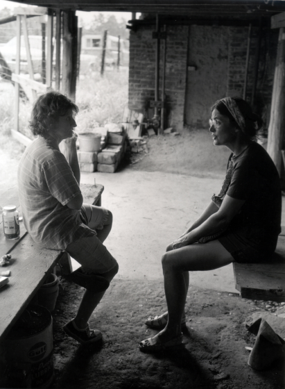 Nancy Sweezy with Zedith Teague at Teague Pottery, Robbins, North Carolina, ca. early 1970s, courtesy Nancy Sweezy