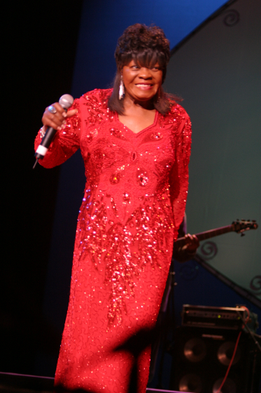 Koko Taylor, 2004 National Heritage Fellowship Concert, Washington, D.C., photograph by Michael G. Stewart, Courtesy National Endowment for the Arts