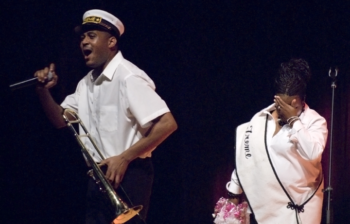 Glen David Andrews and Alana Jones, 2006 National Heritage Fellowship Concert, Strathmore Music Center, North Bethesda, Maryland, photograph by Alan Hatchett